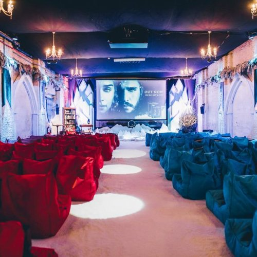Backyard outdoor pop up cinema london bean bag hire